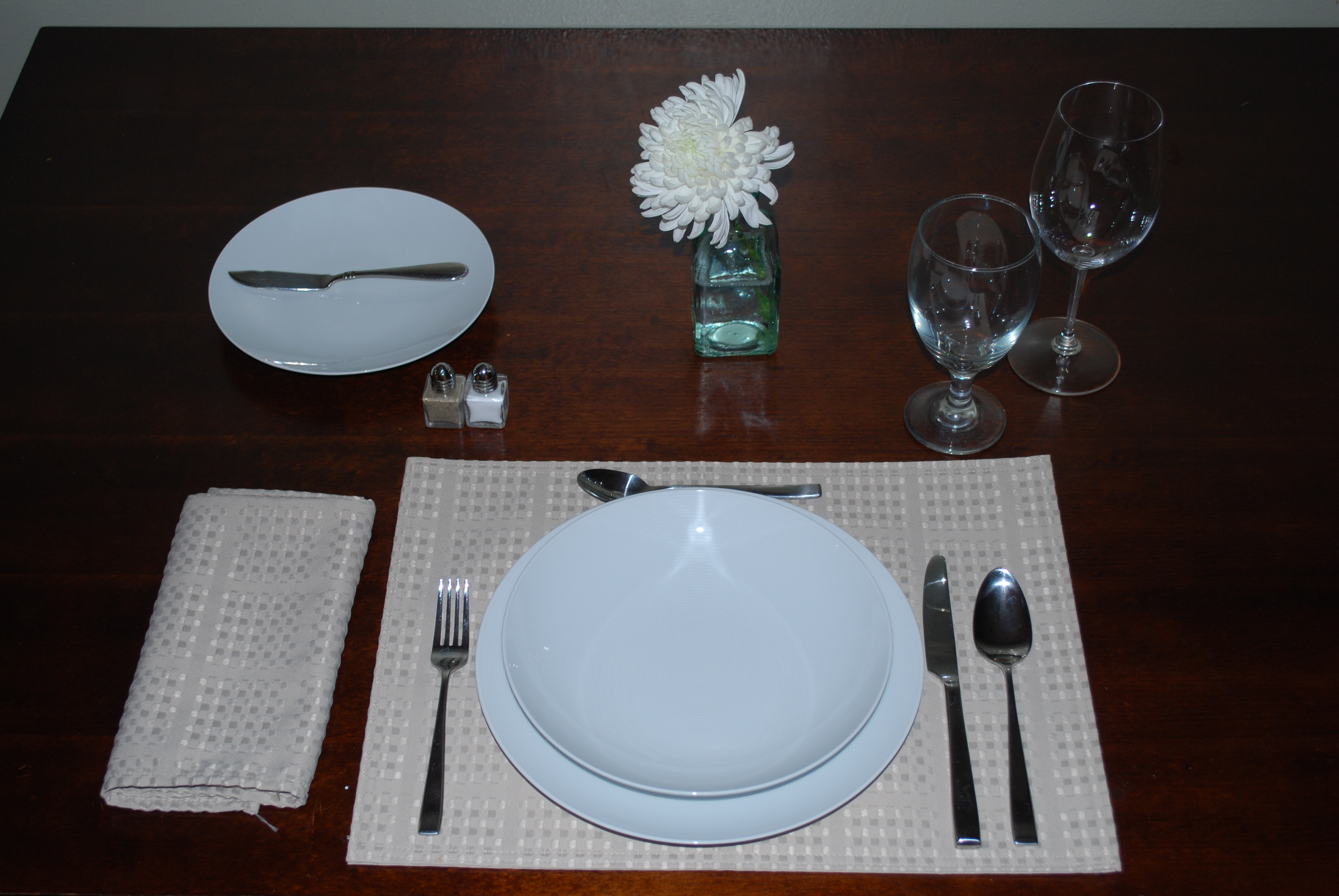The ... & Table Setting ~ Lunch | Eat Shop Sip